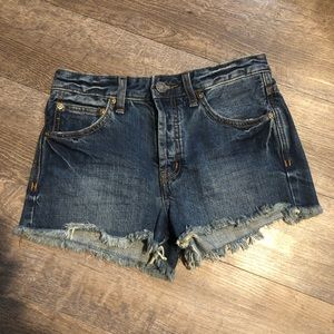 free people button fly frayed hem high rise shorts